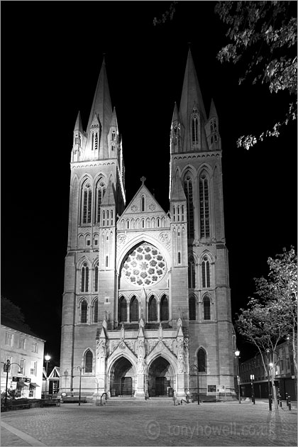 Truro Cathedral, Night