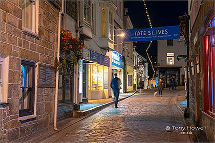 St-Ives-Fore-Street-Night-Cornwall