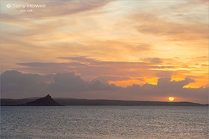 St-Michaels-Mount-Sunrise-Cornwall-