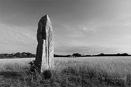 Pipers-Standing-Stone-Cornwall