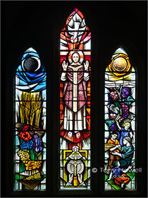 Stained-Glass-St-Materianas-Church-Tintagel-Cornwall-AR819