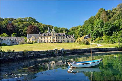 Place-Manor-Roseland-Cornwall