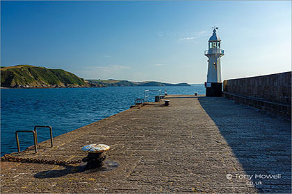 Mevagissey-Lighthouse-Cornwall