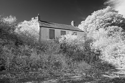 Abandoned-House-Meledor-Cornwall-Infrared