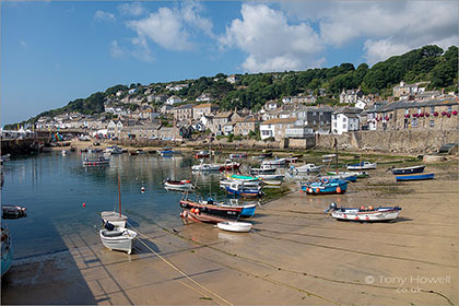 Mousehole-Harbour-Cornwall-R151
