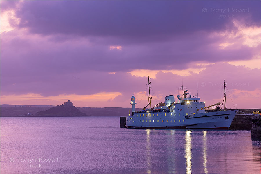 Scillonian Ferry, St Michaels Mount, Dawn