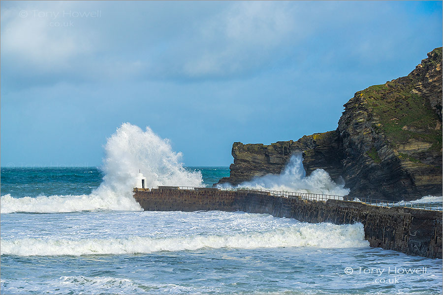 Wave Crash, Stormy Weather, Portreath