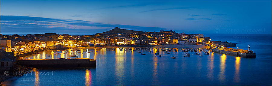 St Ives Harbour, Dusk